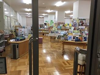 4_図書館扉.JPG