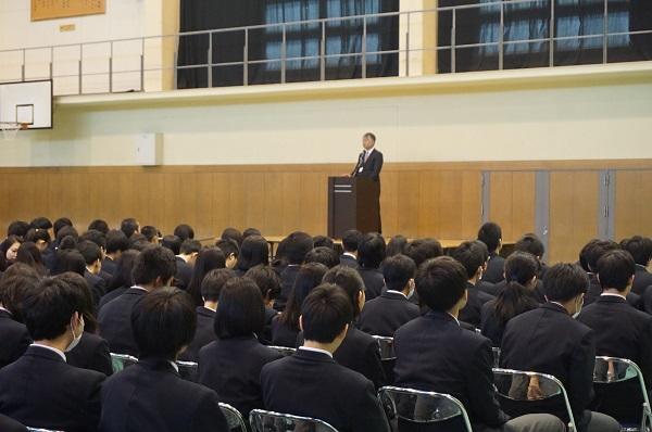 http://www.kyoto-be.ne.jp/jyouyou-hs/mt/school_life/images/DSC01402%20HP%E7%94%A8.jpg
