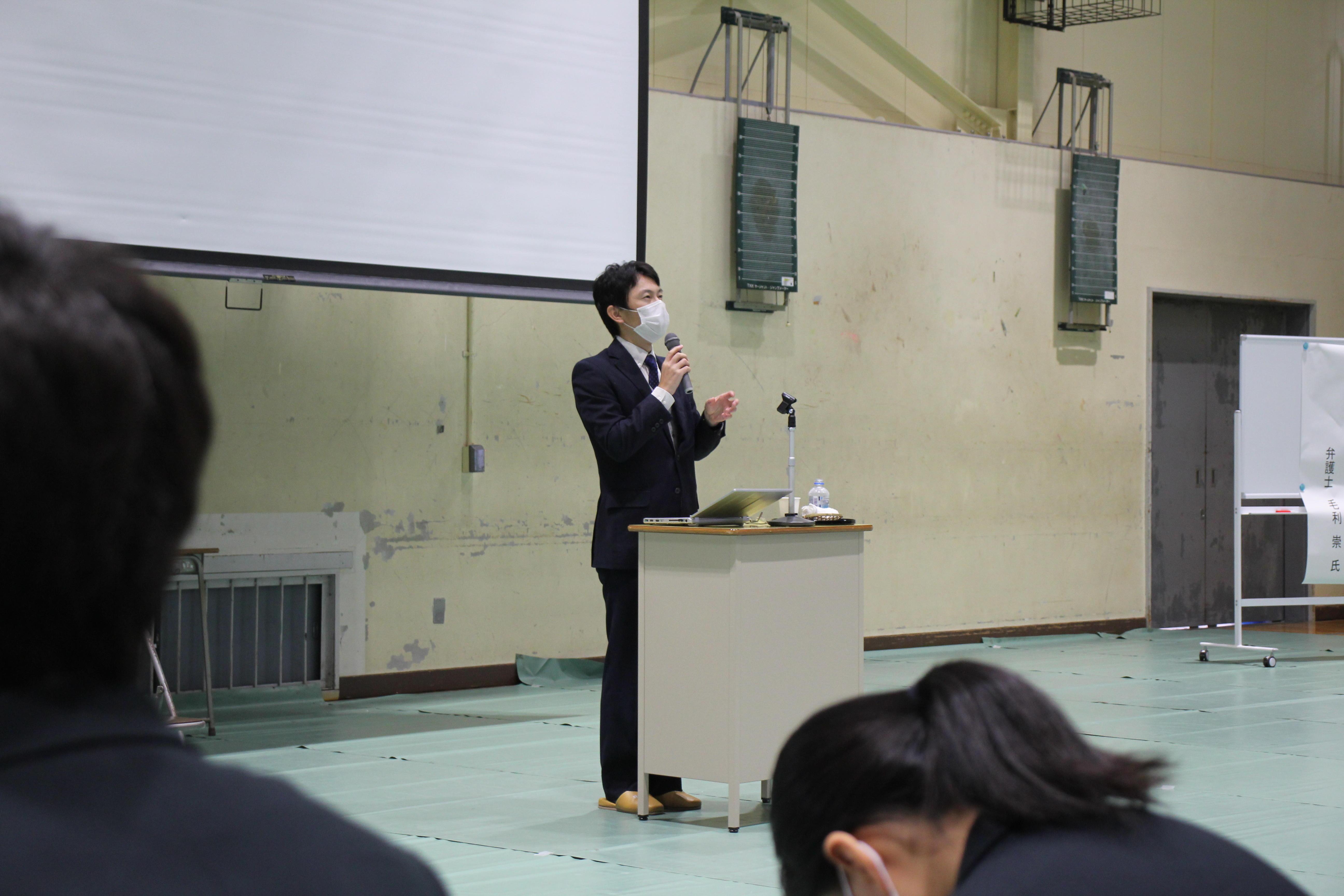http://www.kyoto-be.ne.jp/kouyou-hs/mt/school_life/images/IMG_0155.JPG