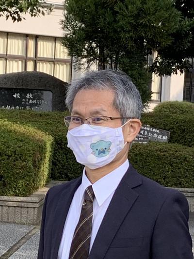 校長とくまなんマスク.jpg