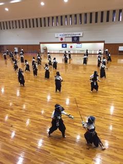 http://www.kyoto-be.ne.jp/nannyou-hs/mt/school_life/images/IMG_%E3%81%AA%E3%81%8E%E4%B9%B1%E6%89%93%E3%81%A1.JPG