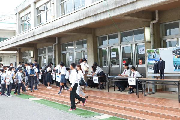 http://www.kyoto-be.ne.jp/nishijyouyou-hs/mt/schoollife/20170618_IMG_2096.jpg
