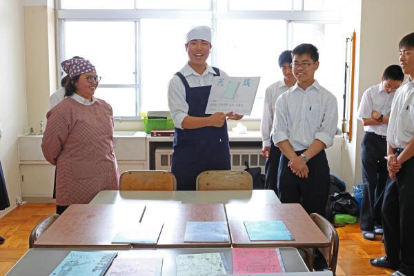 http://www.kyoto-be.ne.jp/nishijyouyou-hs/mt/schoollife/20170618_IMG_2248.jpg