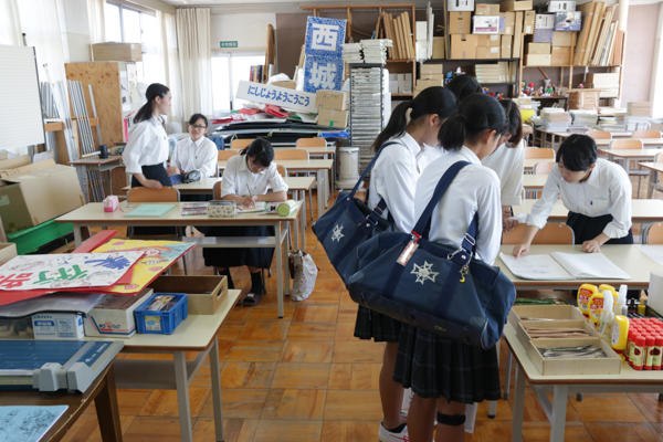 http://www.kyoto-be.ne.jp/nishijyouyou-hs/mt/schoollife/20180616-IMG_9918.jpg