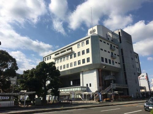 会場となったあわぎんホールです。 徳島駅から歩いて7分くらいでした。