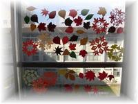 窓飾り202011-2.jpg
