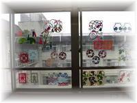 202107窓飾り1.jpg