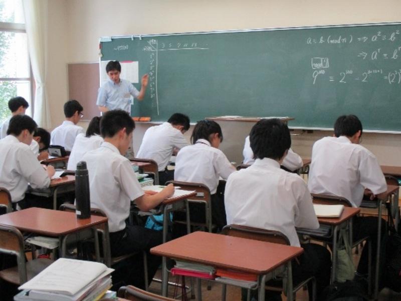 洛北高等学校画像